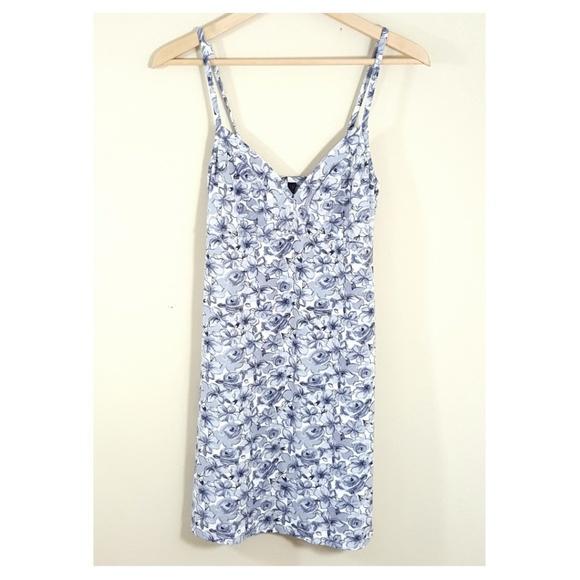 17a9d32c3dd5 Marilyn Monroe Intimates & Sleepwear   525 Sweet Steel Gray Floral ...